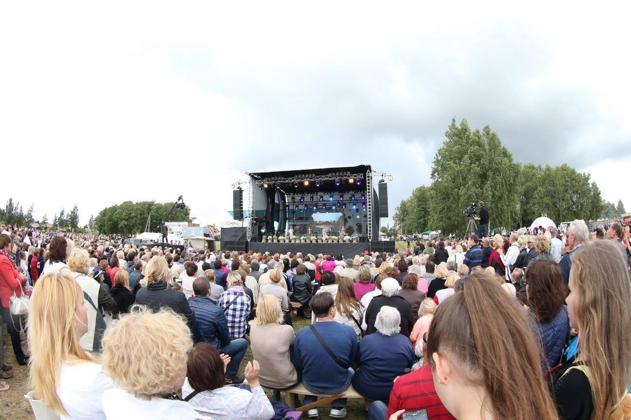 Naisių vasara 2015 dalyvavo apie 45 tūks. dalyvių 3