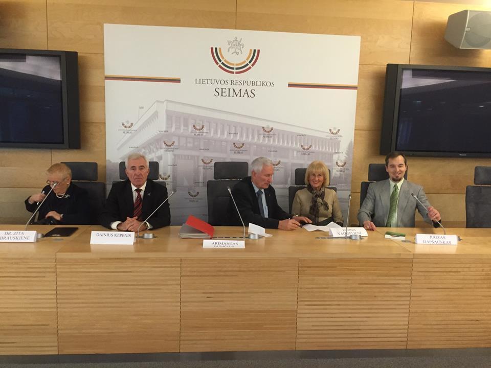 Spaudos konferencija 2015 12 16 Seime