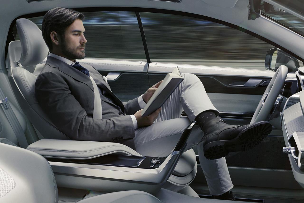 volvo-concept-26-autonomous-driving-0