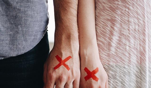 poros-skyrybos-santykiai