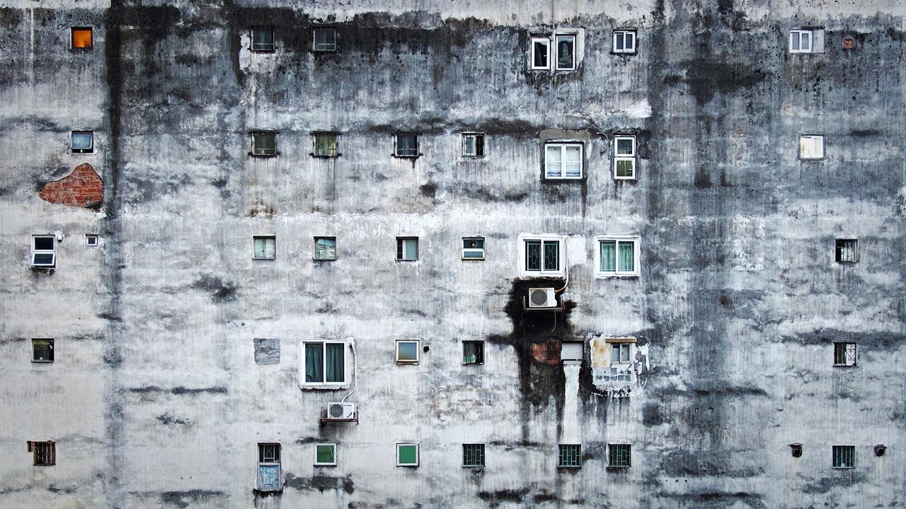 skurdas namai