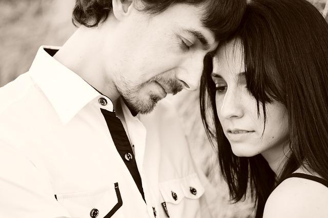 couple-1343952_640
